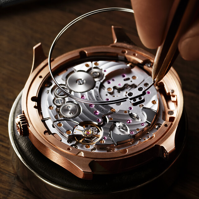 Piaget Emperador Coussin Ultra-Thin Minute Repeater © Piaget