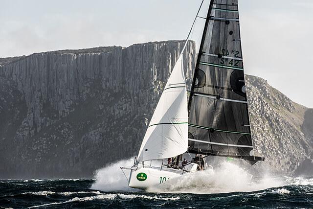 Pioneira: Rolex Sydney Hobart Yacht Race 2014