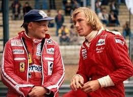 Niki Lauda e James Hunt: tão diferentes quanto a formiga e a cigarra, mas bem mais amigos do que se pensa © DR
