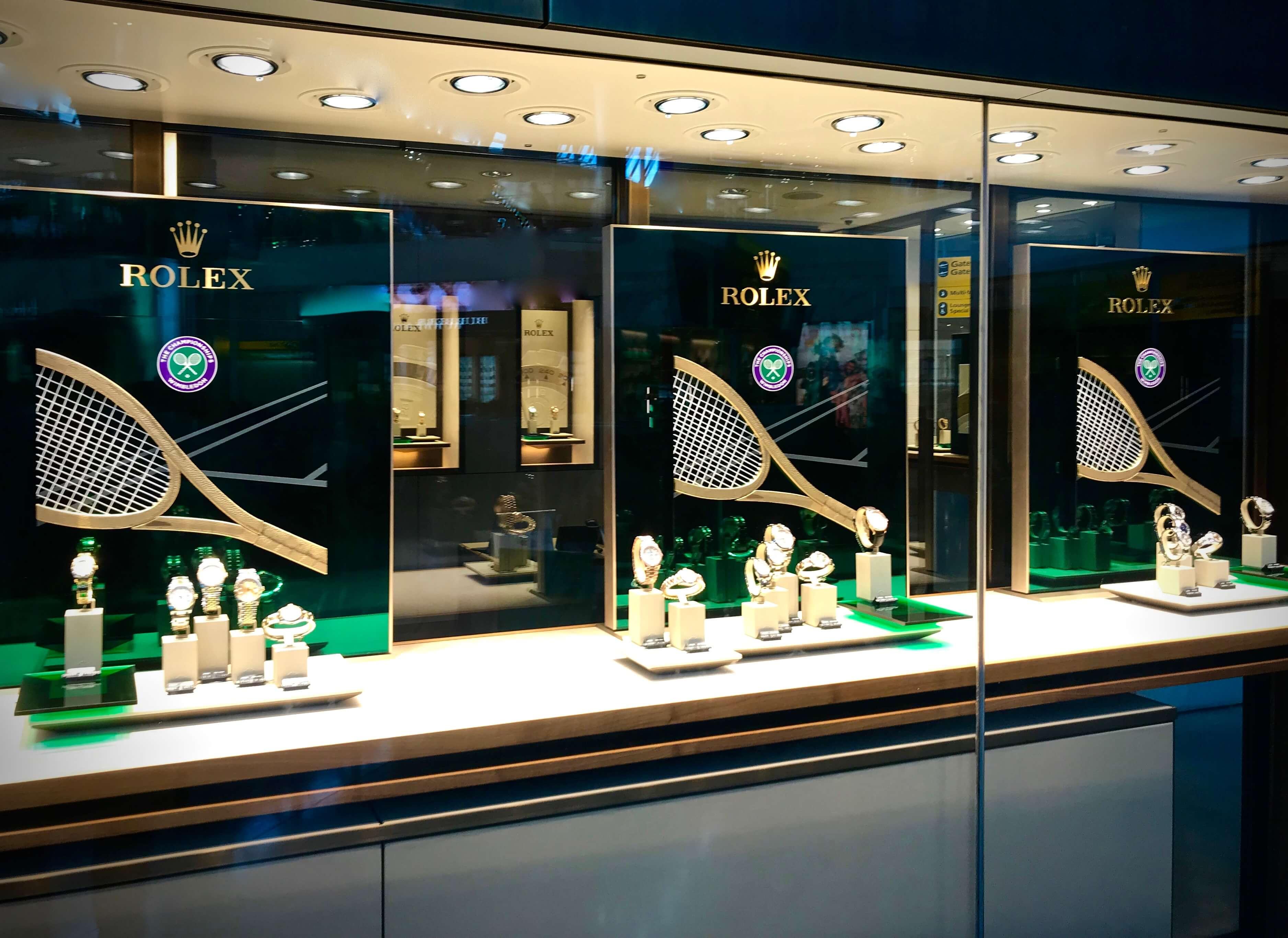 Um exemplo das muitas montras Rolex que, um pouco por todo o mundo e sobretudo no Reino Unido, tiveram por tema principal o torneio de Wimbledon © Miguel Seabra/Espiral do Tempo