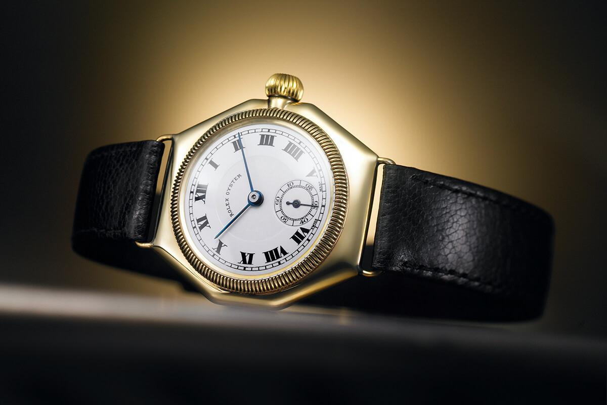 O Oyster é o primeiro relógio de pulso estanque do mundo graças à perfeita hermeticidade da sua caixa homónima.