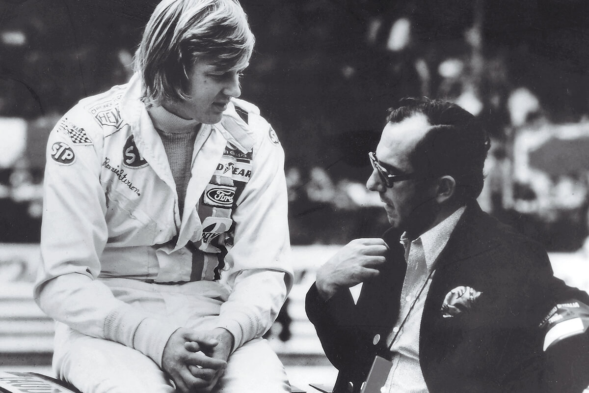 Ronnie Peterson com Jack Heuer.