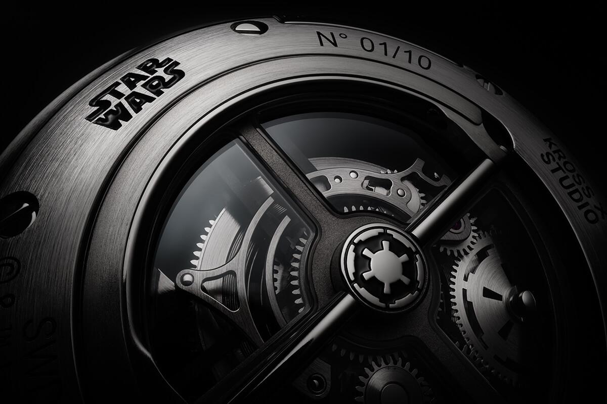 Detalhe do verso do Death Star Tourbillon by Kross Studio