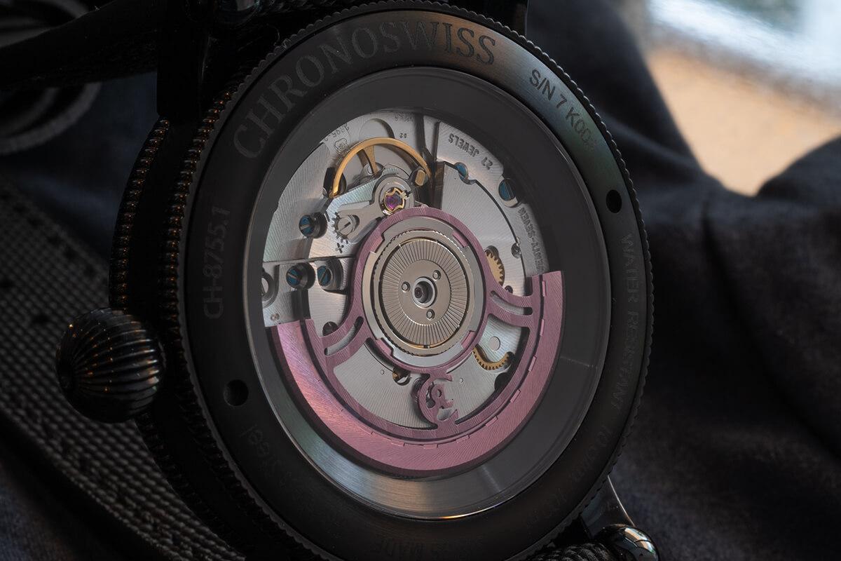 Verso do Chronoswiss Flying Regulator Open Gear Pink Panther