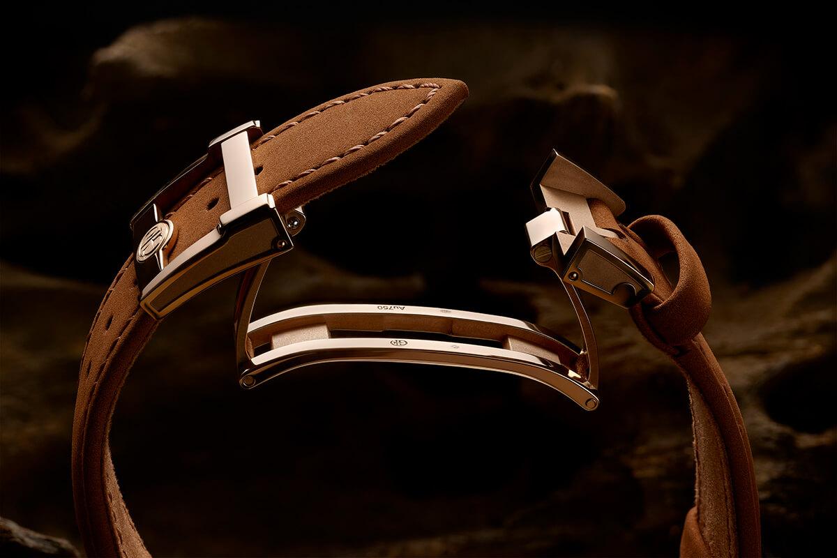Nova bracelete castanha à base de plantas da Greubel Forsey com fecho de báscula.