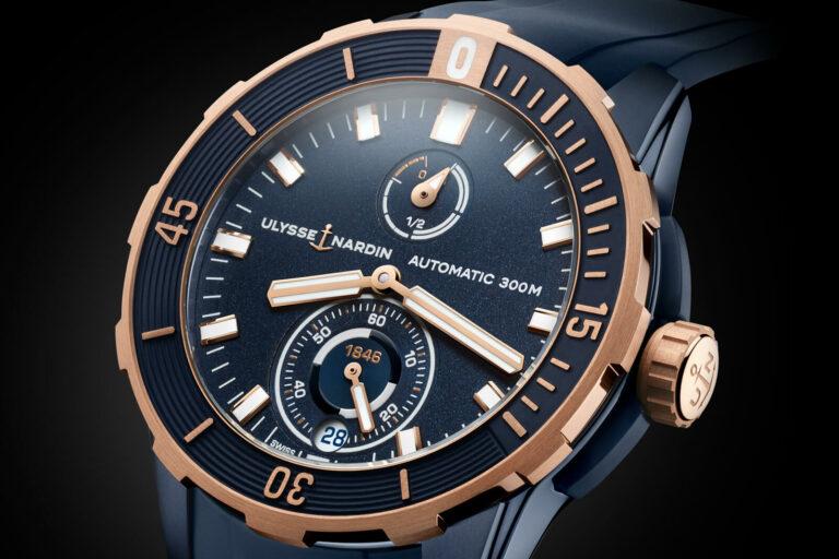 Motrador Ulysse Nardin - Diver Chronometer 44mm, em fundo preto ©Ulysse Nardin