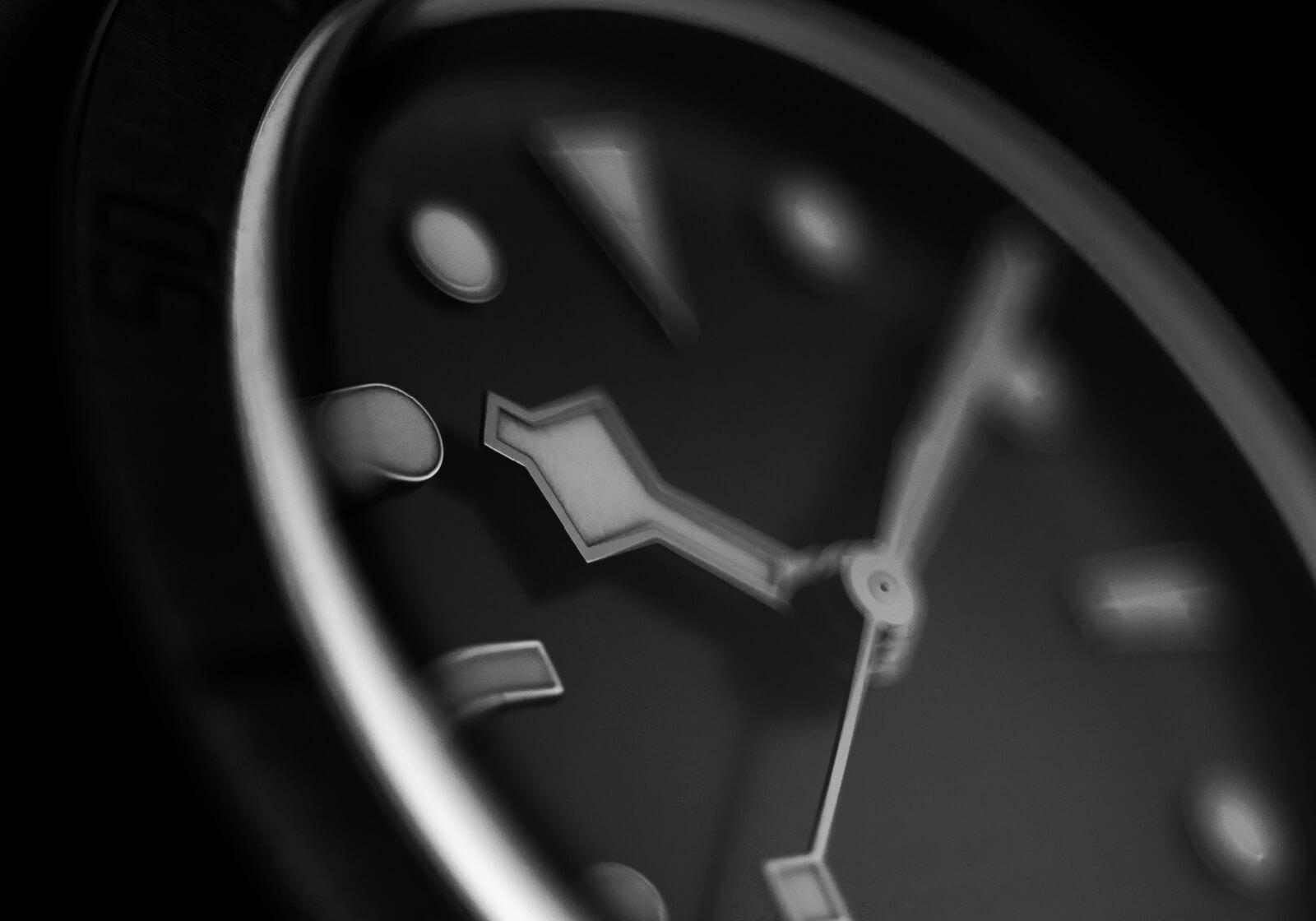 Pormenor mostrador Tudor Black Bay Ceramic | © Paulo Pires / Espiral do Tempo