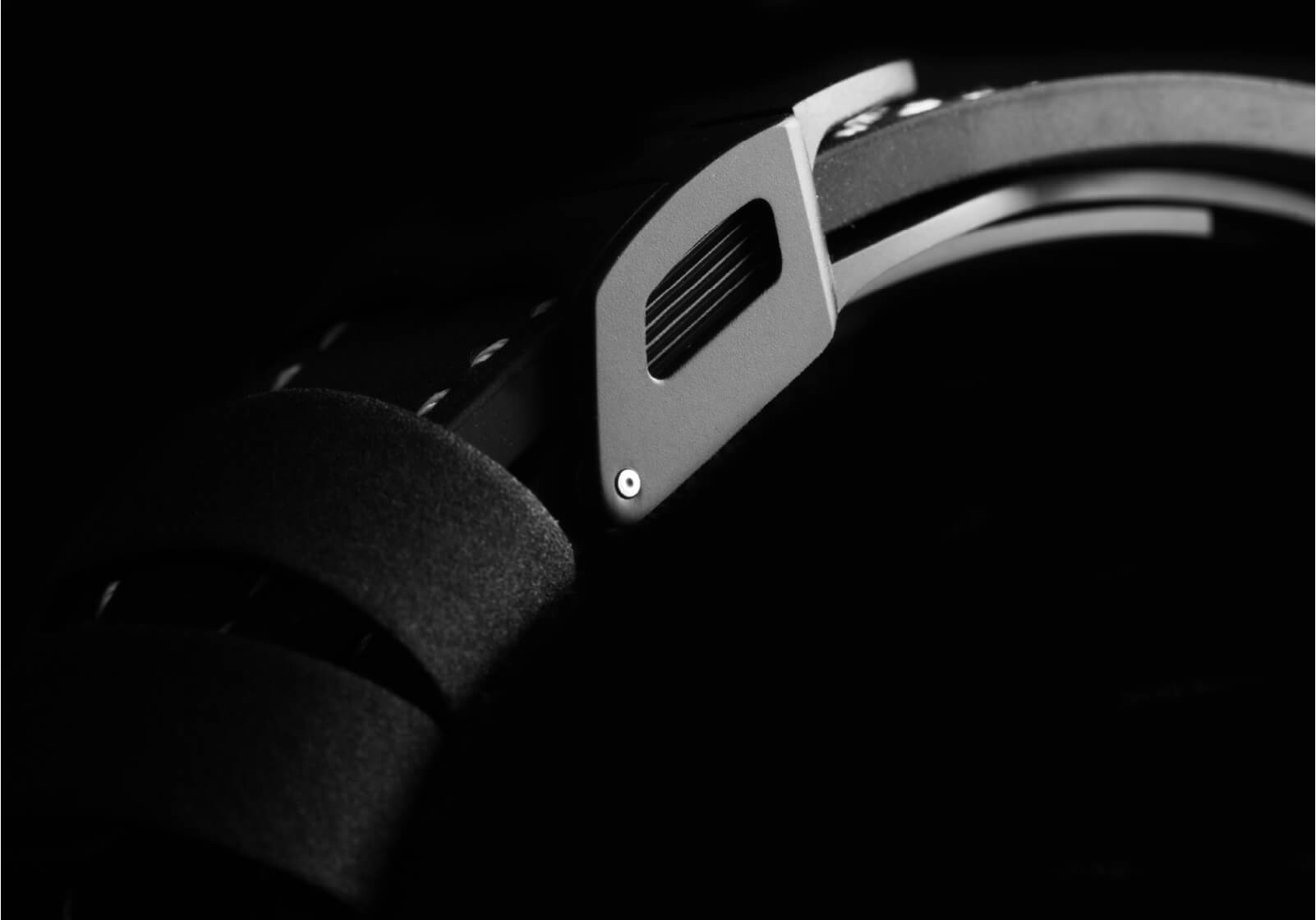 Pormenor bracelete Tudor Black Bay Ceramic | © Paulo Pires / Espiral do Tempo